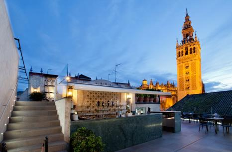 terraza en la azotea doña ver hotel Giralda maria