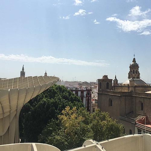 uitzicht vanaf dakterras setas de sevilla